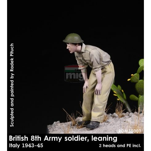 RDM35007 British 8th Army soldier leaning, 1943-45