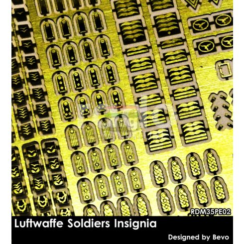RDM35PE02 Luftwaffe Soldiers Insignia set (photo-etched parts)