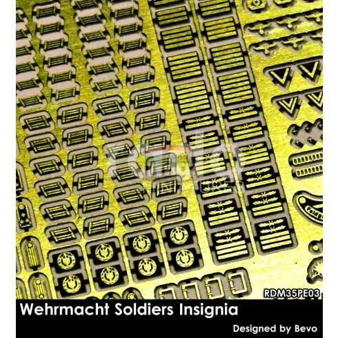 RDM35PE03 Wehrmacht Soldiers Insignia set (photo-etched parts)